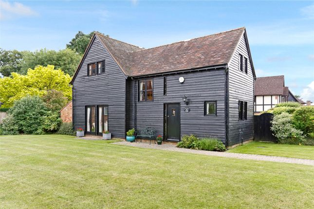 Thumbnail Mews house for sale in Dorrell Barn, Orchard Close, Beaconsfield, Buckinghamshire