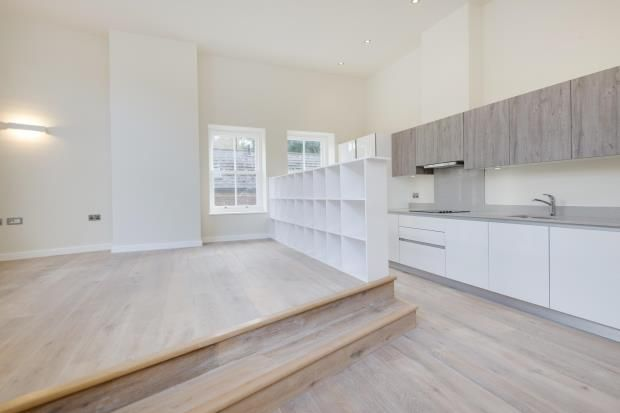 Thumbnail Flat for sale in Northwood Road, Highgate, London