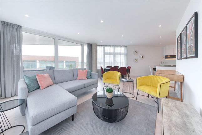 Thumbnail Flat to rent in Jewel House, 5 Sterling Way, London