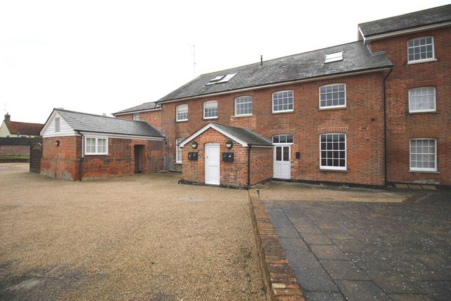 Thumbnail Flat to rent in Isinglass Mews, West Street, Coggeshall