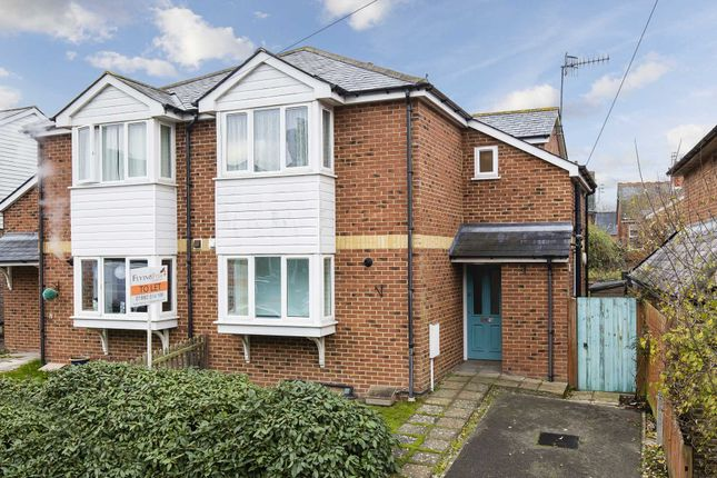 3 bed semi-detached house to rent in Meadow Road, Rusthall TN4