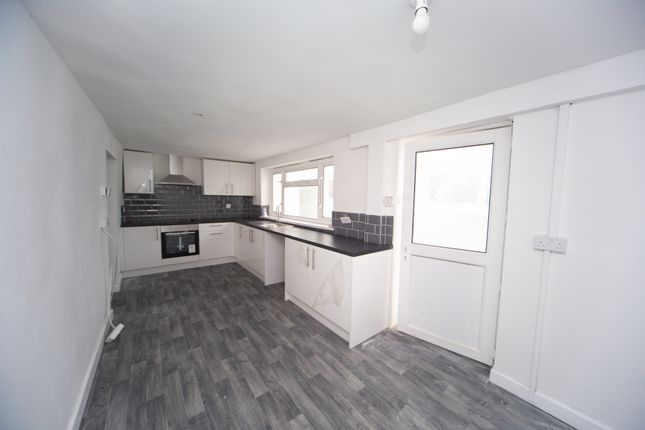 3 bed terraced house to rent in Bwllfa Road, Aberdare CF44