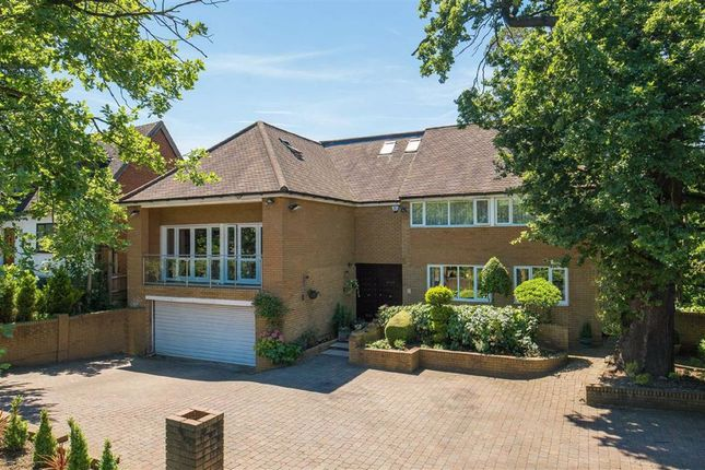 Thumbnail Detached house for sale in Barnet Lane, London