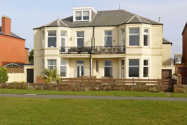 Thumbnail Flat for sale in Ardayre Road, Prestwick