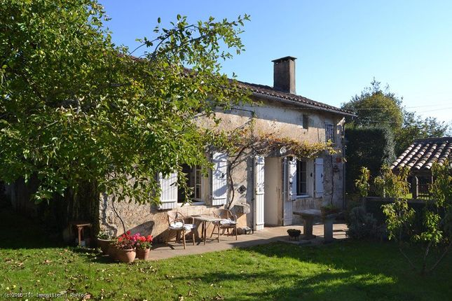 6 bed property for sale in Ruffec, Poitou-Charentes, 16700, France