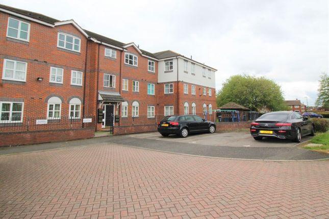3 bed flat for sale in Ashwood Croft, Hebburn NE31