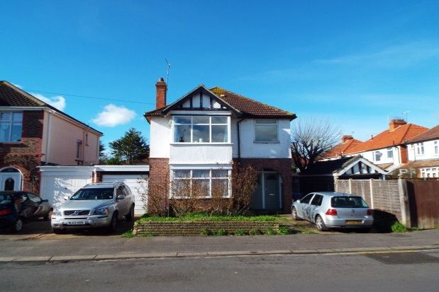 Thumbnail Property to rent in Gannon Road, Worthing