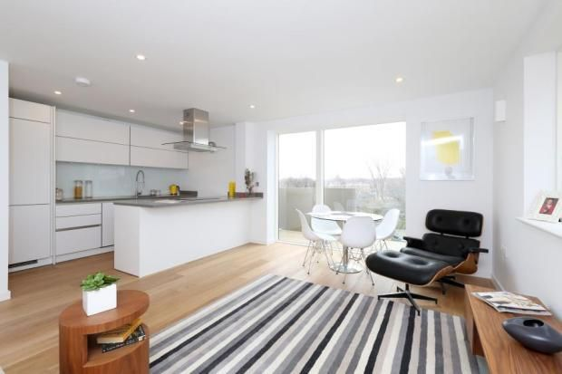 2 bed flat to rent in Phelps Lodge, 101 Copenhagen Street, London N1