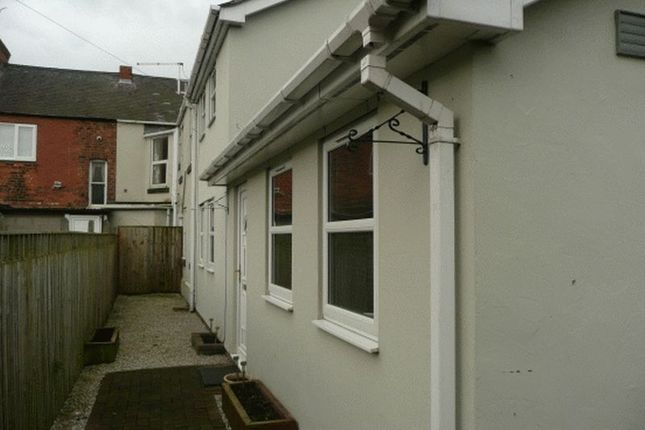 Thumbnail Semi-detached house to rent in Gladstone Street, Queensferry, Deeside