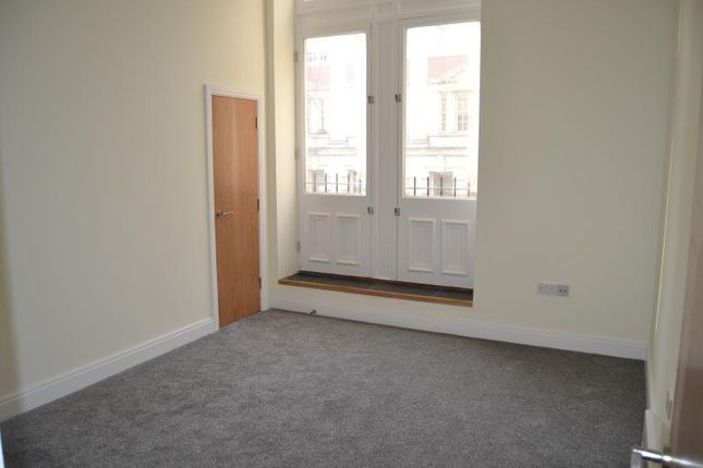 Thumbnail Flat to rent in Flat, Kings Court, 6 High Street, Nmewport, Gwent