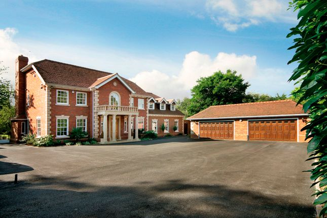 Thumbnail Detached house for sale in Tilehouse Lane, Denham, Uxbridge
