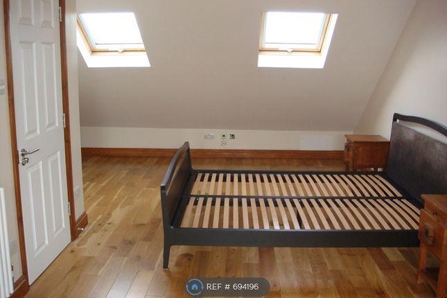 Double Bedroom 5 of Taunton Avenue, Hounslow TW3