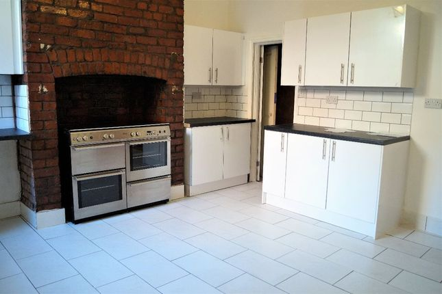 Thumbnail Terraced house for sale in Woodhouse Street, Manchester