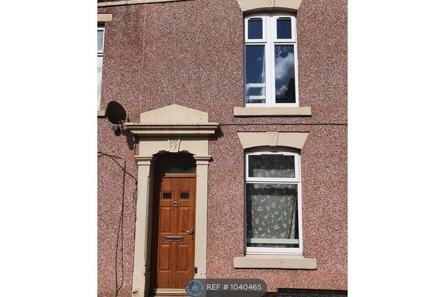 2 bed terraced house to rent in Hall Street, Blackburn BB2