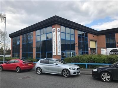 Light industrial to let in Apex Business Park, Unit 3, Apex Way, Leeds, West Yorkshire