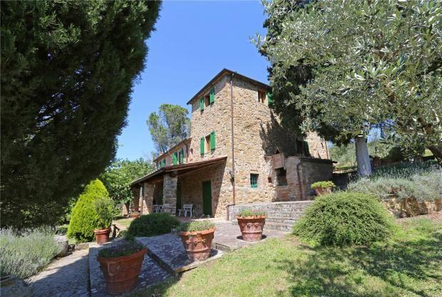 4 bed farmhouse for sale in La Manessina, Basia Agnano, Tuscany, Italy