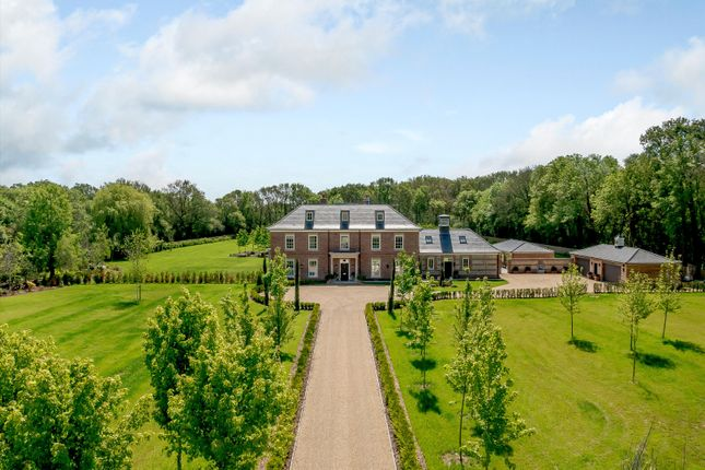 Thumbnail Detached house for sale in West End Lane, Waltham St. Lawrence, Berkshire