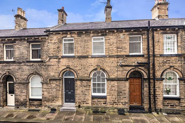 Terraced house for sale in Mawson Street, Saltaire, Shipley