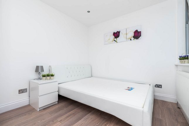 Thumbnail Room to rent in Room 1, Ruscoe Road, Canning Town