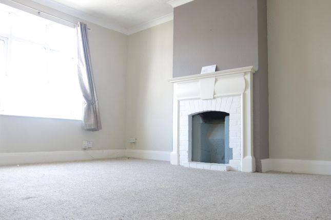 Thumbnail Flat to rent in Watling Street, Gillingham