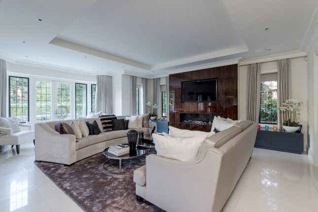 Sitting Room of Yaffle Road, Weybridge KT13