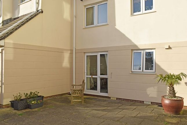 Terrace of Windsor Court, Mount Wise, Newquay TR7