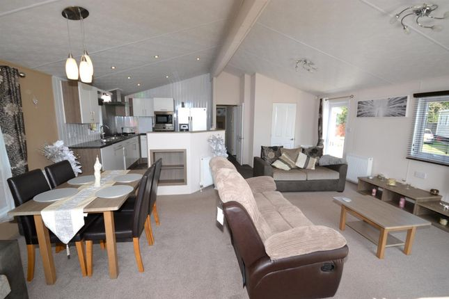 Living Area of Colchester Road, St Osyth, Clacton-On-Sea CO16