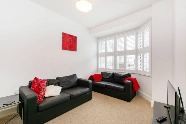 Thumbnail Property to rent in Grafton Road, Croydon