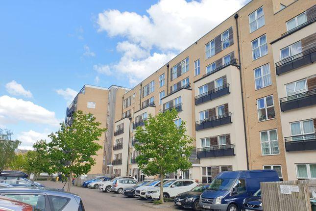 Thumbnail Flat to rent in Lanadron Close, Isleworth