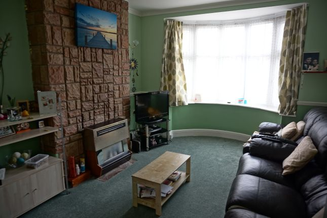Lounge of Barbara Avenue, Leicester LE5