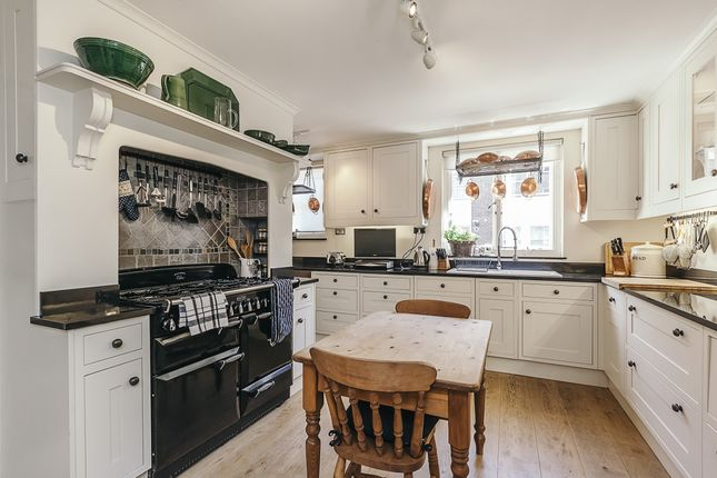 Thumbnail Town house to rent in Stanhope Gardens, London