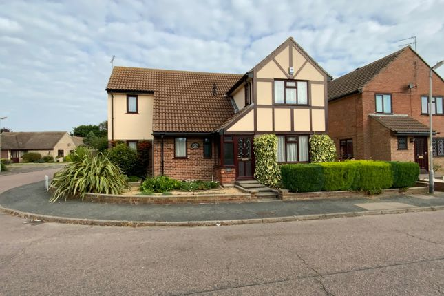 4 bed detached house for sale in Neasden Avenue, Clacton-On-Sea CO16