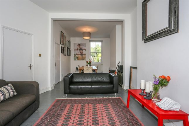 Thumbnail Property for sale in St. John's Way, London