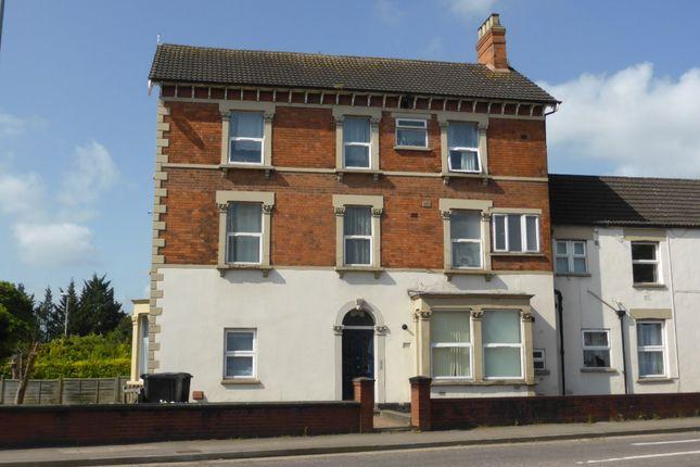 Thumbnail Flat to rent in Clifton Terrace, Taunton