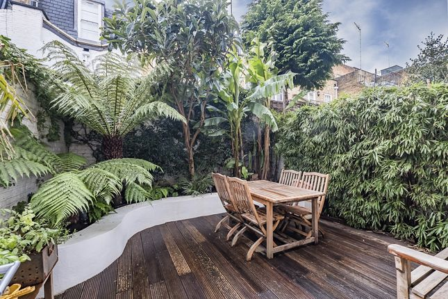 Thumbnail Flat to rent in Balcombe Street, London