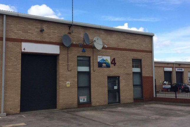 Thumbnail Light industrial to let in Unit 4 Boundary Business Centre, Woking