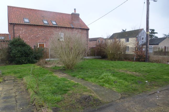 Thumbnail Land for sale in High Street, Walcott, Lincoln