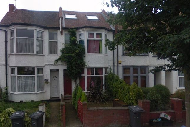 Thumbnail Semi-detached house to rent in Albert Road, Hendon