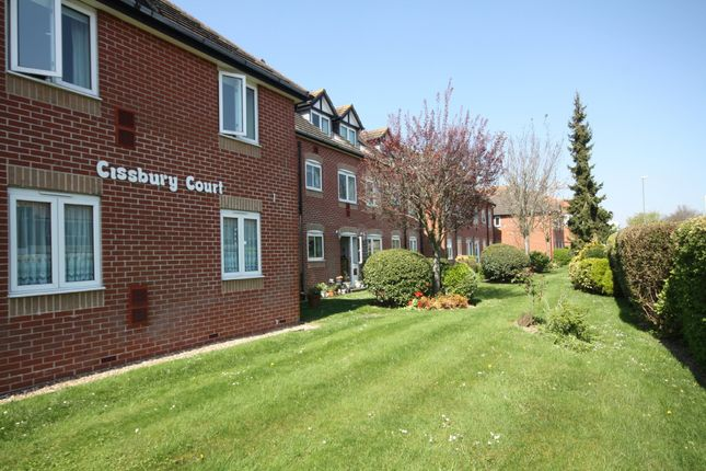 1 bed property to rent in Cissbury Court, Findon Road, Findon Valley BN14