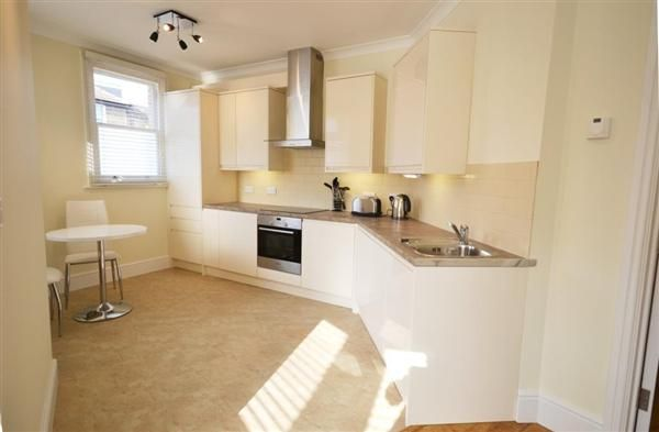 Thumbnail Flat to rent in Bollo Lane, Chiswick, London