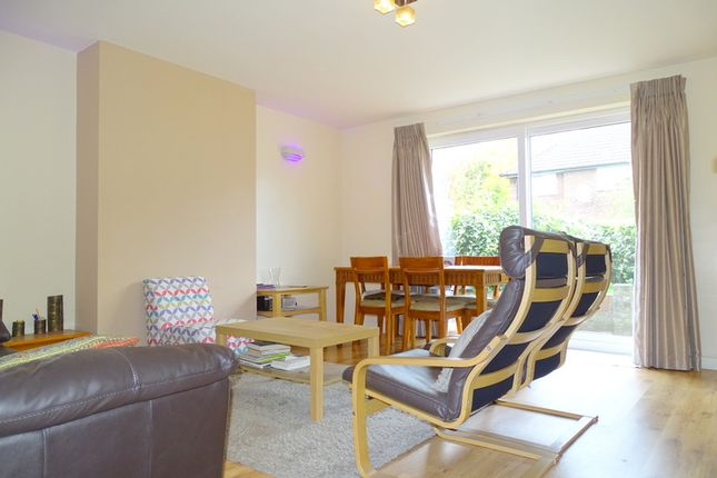 Thumbnail Flat to rent in Lismore Close, Isleworth