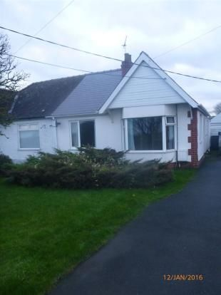 Thumbnail Semi-detached bungalow to rent in Grantham Road, Waddington, Lincoln