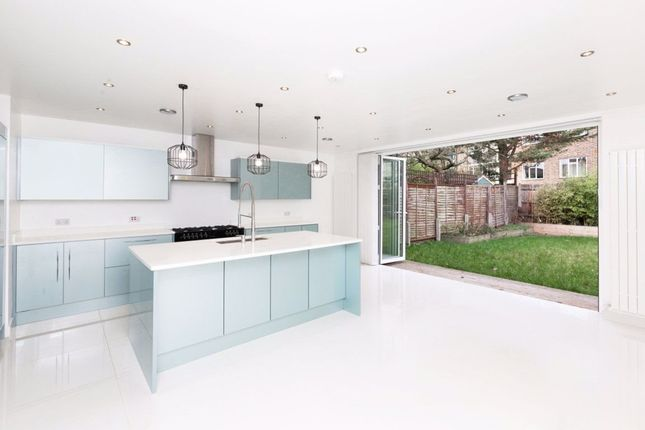 Thumbnail Semi-detached house to rent in Canonbury Park North, London