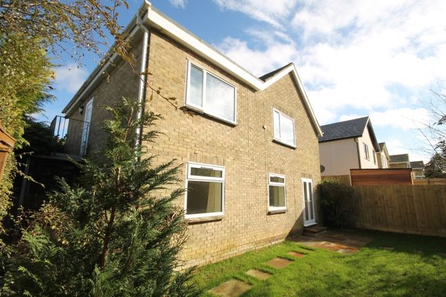 Thumbnail Flat to rent in Hill Rise, Woodstock