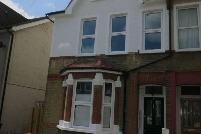 Thumbnail Flat to rent in Liverpool Road, Croydon