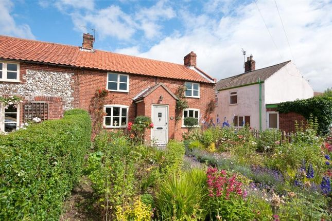 Thumbnail Cottage for sale in Rollesby Road, Fleggburgh, Great Yarmouth
