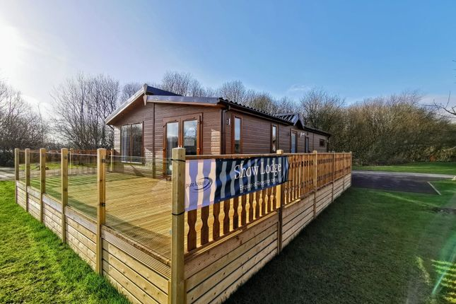 Thumbnail Lodge for sale in Borwick Lane, Carnforth