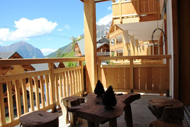 4 Bed Apartment For Sale In Vaujany