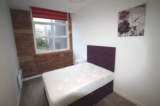 2 bed flat to rent in Empire House, 1 Balme Street, Bradford BD1 ...