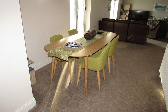 Terrific 4 Bed Detached House For Sale In Rhyd Y Gwin Craig Cefn Machost Co Dining Chair Design Ideas Machostcouk
